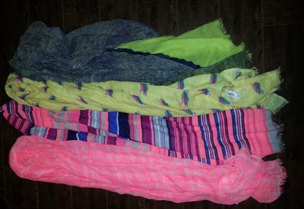 Gap scarves